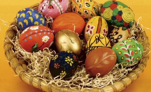 Kaip dažyti kiaušinius Velykoms?