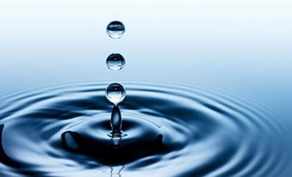 Vanduo - grožio ir gyvybės šaltinis arba kokį vandenį gerti, kad išliktume gražios ir jaunos