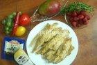 Vištienos juostelės su vaisiais ir braškių padažu
