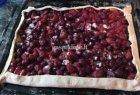Uogų pyragas