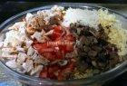 Vištienos ir makaronų salotos su grybais bei daržovėmis