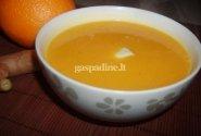 Pikantiška moliūgu sriuba su kariu ir imbieru