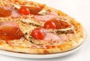 Skanioji Vezuvijaus ir saliamio pica