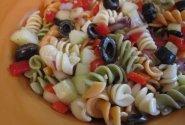 Gardžiosios makaronų salotos
