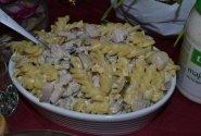 Makaronų salotos su pievagrybiais