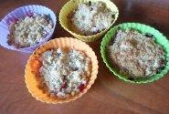 Avižinių dribsnių pyragėliai su slyvomis