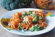 Morkų salotos su saulėgrąžom