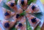 Sumuštiniai su sūdyta lašiša ir jūros dumblių ikriukais