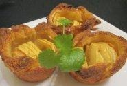 Pyragėliai su obuoliais iš keksiukų formelių