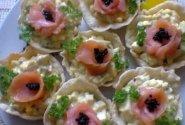 Lašišos ir kiaušinių salotos