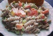 Gaivios grikių makaronų salotos