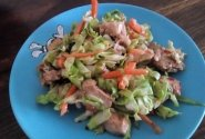 Saldžiarūgštės salotos mamai