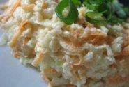 Kaliaropės ir morkų salotos