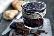 Vyšnių uogienė su juoduoju šokoladu