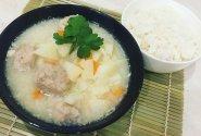 Maltinukai su ryžiais citrininiame padaže (Ekşili terbiyeli köfte)