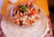 Vištų širdelių ir pievagrybių salotos