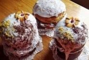 Velykiniai mieliniai pyragai su cukatais ir brendžiu