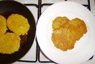 Bulviniai sklindžiai iš tarkuotų bulvių