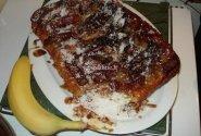 Bananinis pyragas su vaniliniais ledais