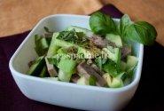 Avokado salotos su liežuviu