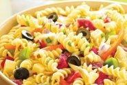 Makaronų ir daržovių salotos