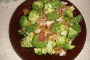 Šviežių brokolių salotos
