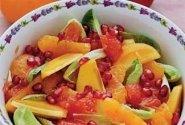 Vaisių salotos su medaus-garstyčių užpilu