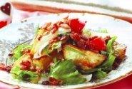 Bulvių salotos su kepta šonine