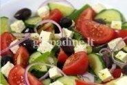 Daržovių salotos su feta sūriu