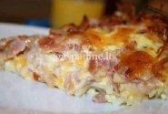 Bulvių apkepas su kumpiu ir sūriu