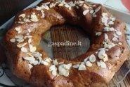 Morkų ir graikinių riešutų pyragas