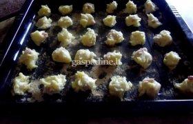 Plikyti sausainiai su dešra
