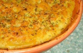 Sluoksniuotas bulvių pyragas