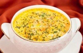 Gardi sriuba su lašiša