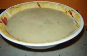 Pieniška perlinė-pupelinė sriuba