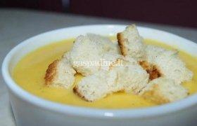 Tiršta moliūgų sriuba su vištiena