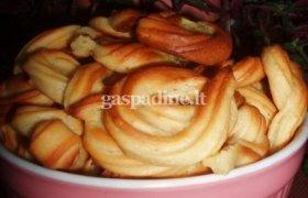 Karameliniai plikyti sausainiai