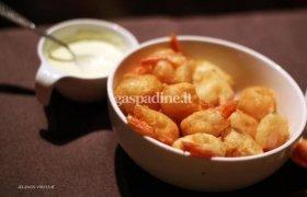 Krevetės tempura tešloj su majonezo-wasabio padažu