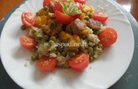 Vištienos troškinys su daržovėmis