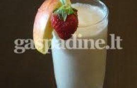 Vaisinis pieno kokteilis
