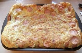 Omletas su sūriu ir virtomis MAMOS dešrelėmis