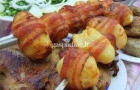 Bulvės su juoduoju kumpiu