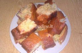 Gardus obuolių pyragas