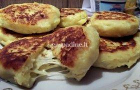 Žemaičių blynai su sūriu