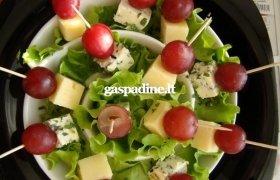Šventiniai sūrio  vėrinukai