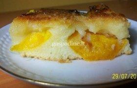 Abrikosinis varškės apkepas - pyragas