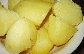 Kepti grybai su šviežiomis bulvėmis