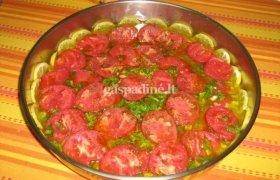Pikantiška žuvis pomidorų padaže