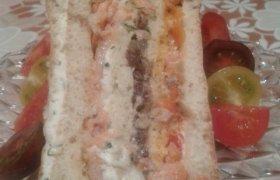 Tortas - sumuštinis su žuvim