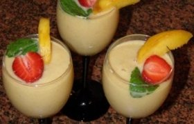 Pieniškas persikų kokteilis